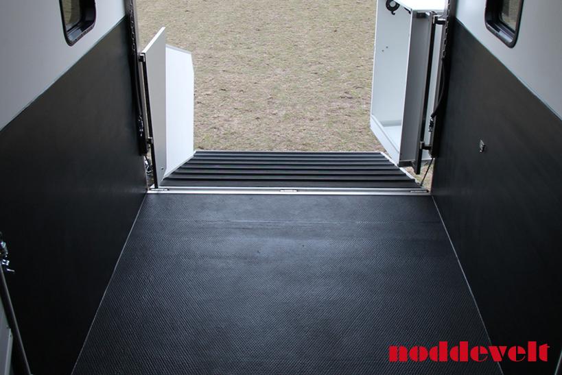 Horse Trailer Non Slip Mat On Roll 12mm